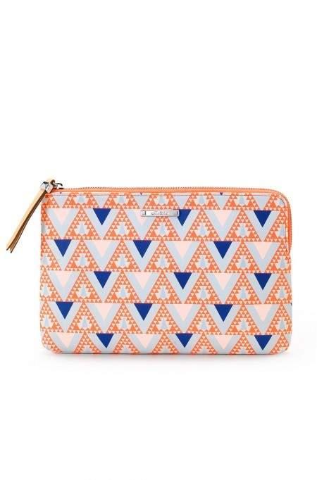 sg154tcb_capri_pouch_mosaic_triangle_main